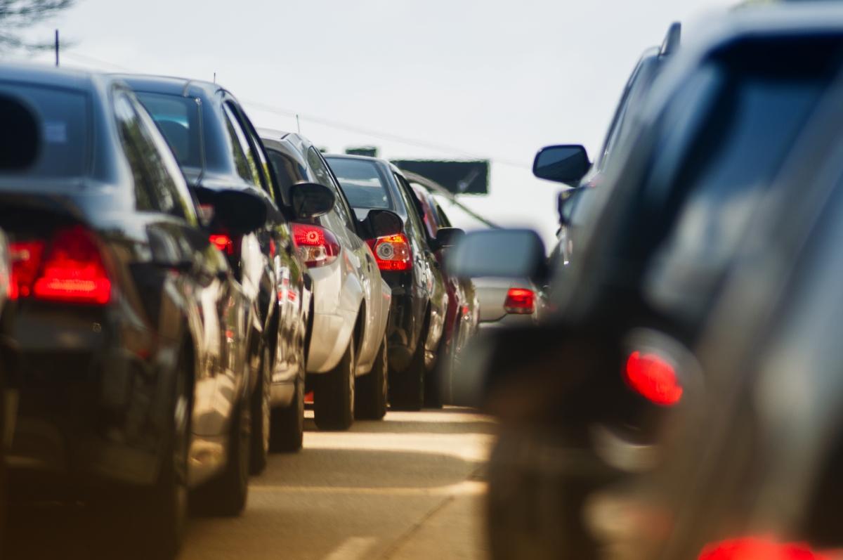 Optimized-traffic jam on narrow street_10.31.19_Large