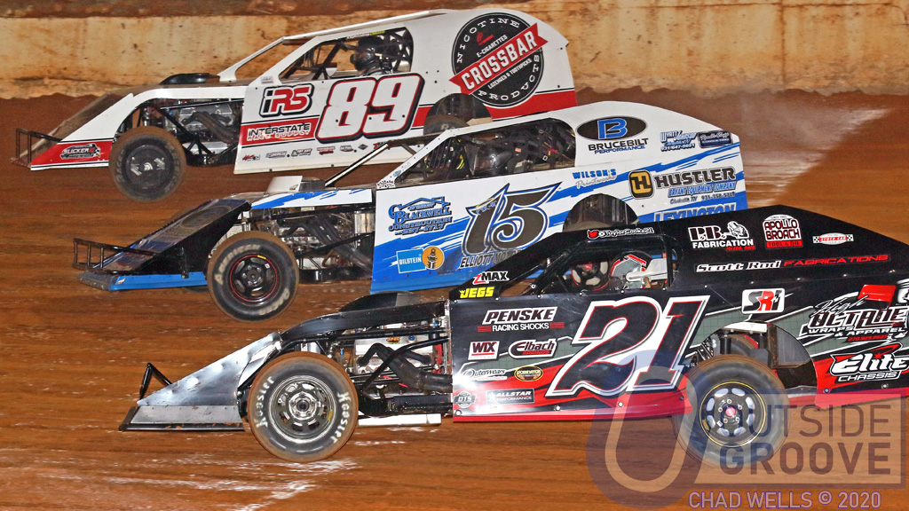 Taylor Cook: The Traveling, Three-Wide Dirt Mod Ace