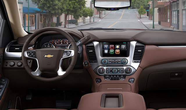 2017-Chevy-Tahoe-interior-dashboard