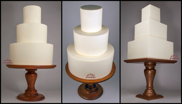 How to Frost Wedding Cakes with Buttercream Frosting