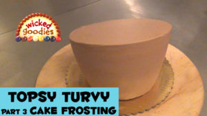 How to Frost a Topsy Turvy Cake