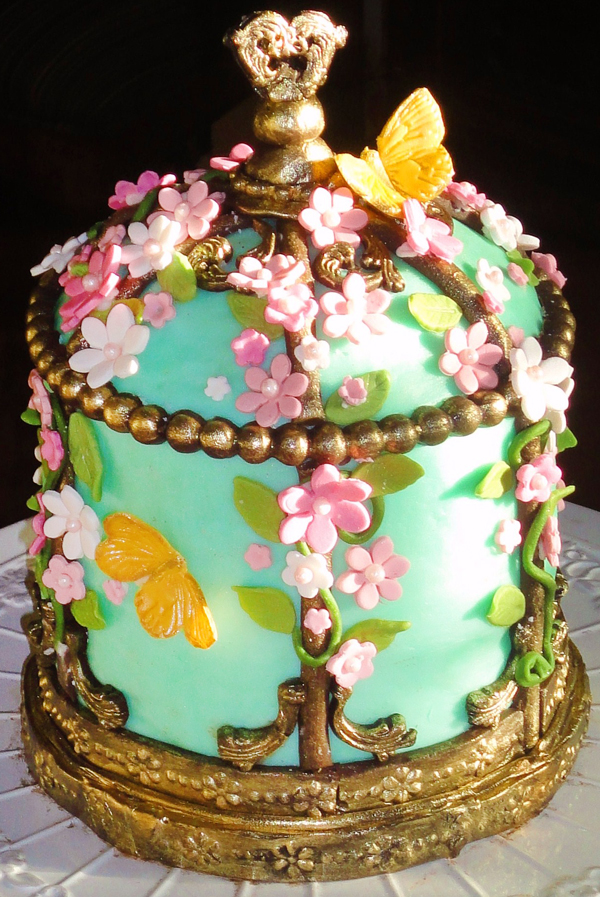 Victorian Birdcage Cake Made by Jan