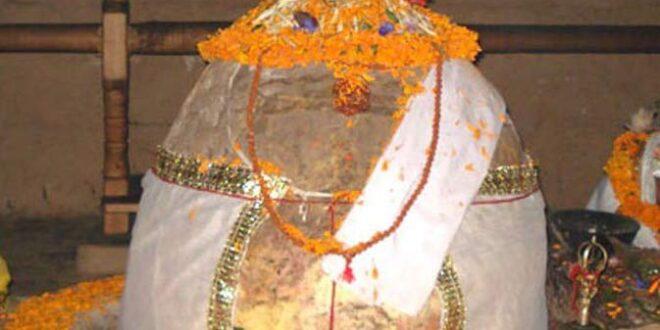 खुदाई में मिला 4000 वर्ष पुराना शिवलिंग – 4000 Old Shivling Found Banaras