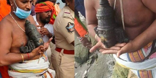 400 years old Rama statue beheaded