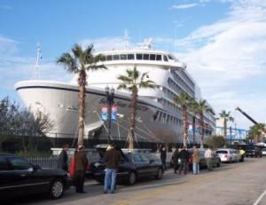 Seven Seas Navigator, one of five cruises ships used as floating hotels during Jacksonville Super Bowl 2005 | Landry & Kling Dockside Charters