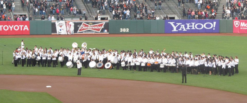 SSFUSD students played the opening National Anthem. Photo Vinny Vance