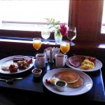 Complimentary breakfast for hotel guests Photo ESC