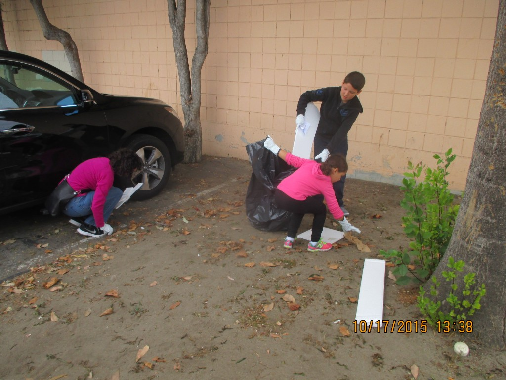 10.17.2015 Lanes kids n parent clean up