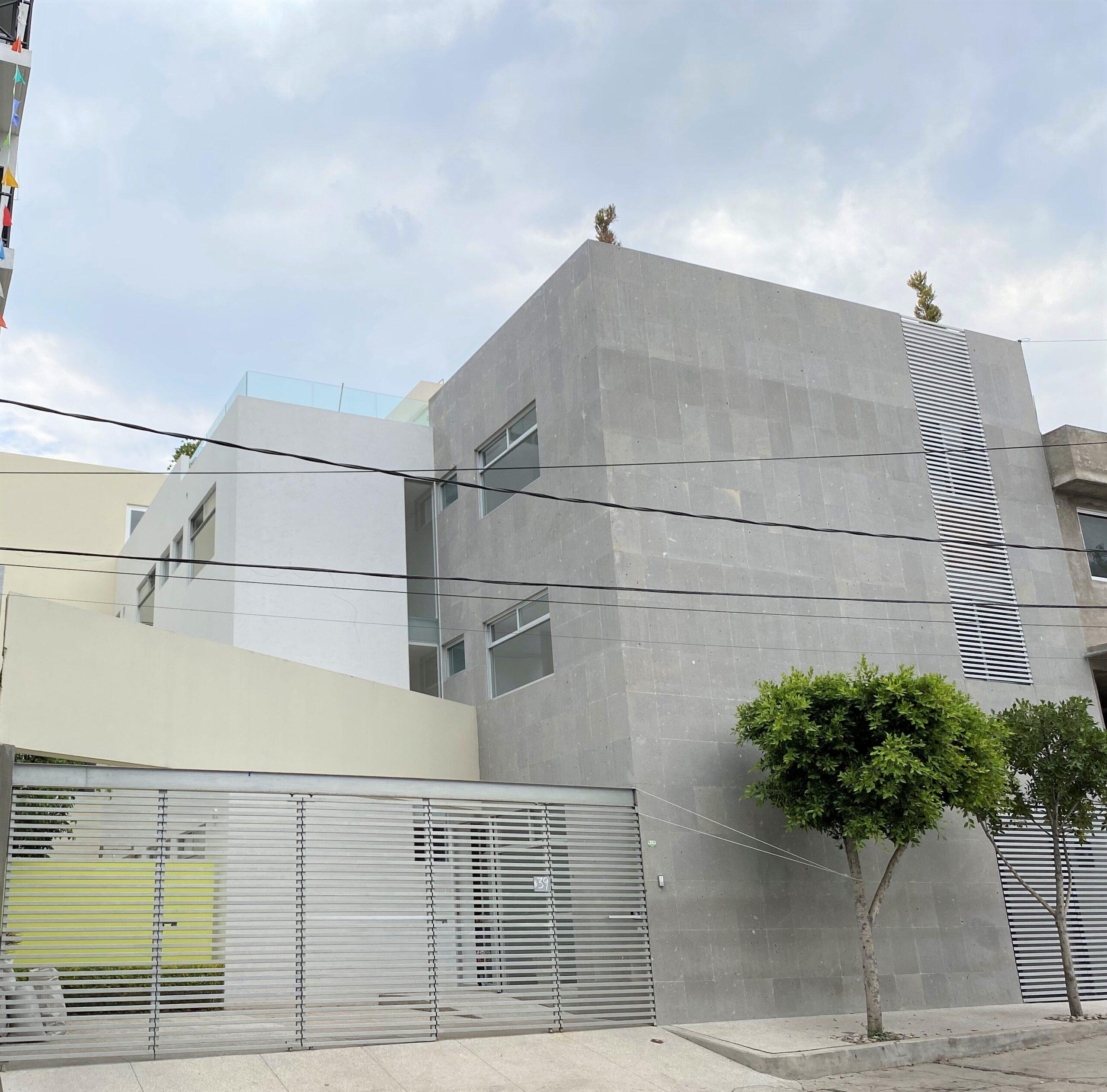 Edificio Exterior (1)