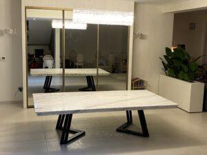 تفصيل طاولة طعام من الرخام في غرب ياس
