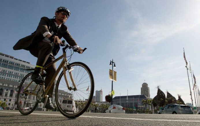A longer commute could hurt your health
