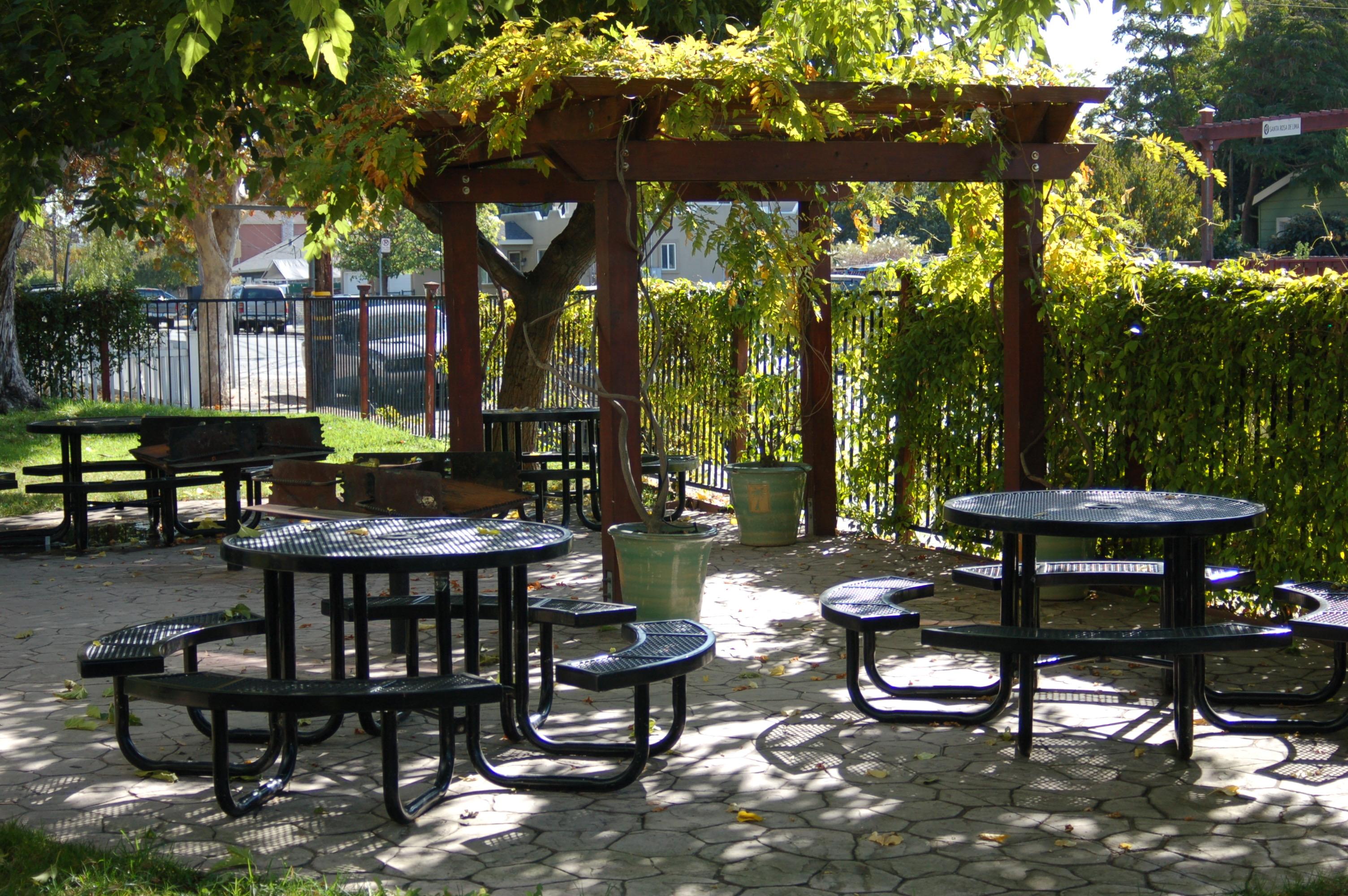 st-clares-apartments-patio-tables-st-francis-center