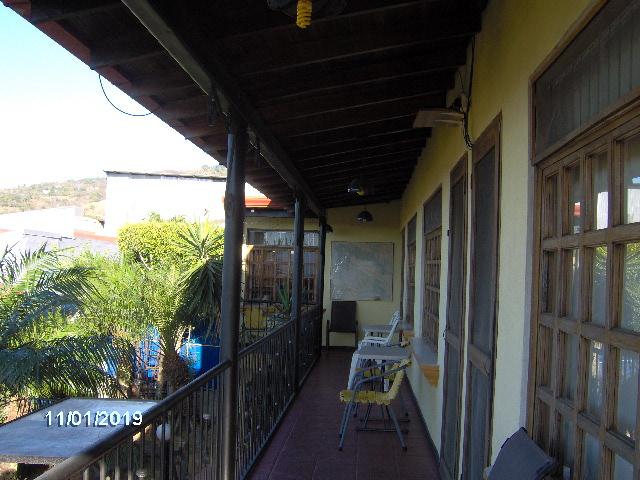 apartment-amarillos-balcony-Ciudad Colón-Costa Rica