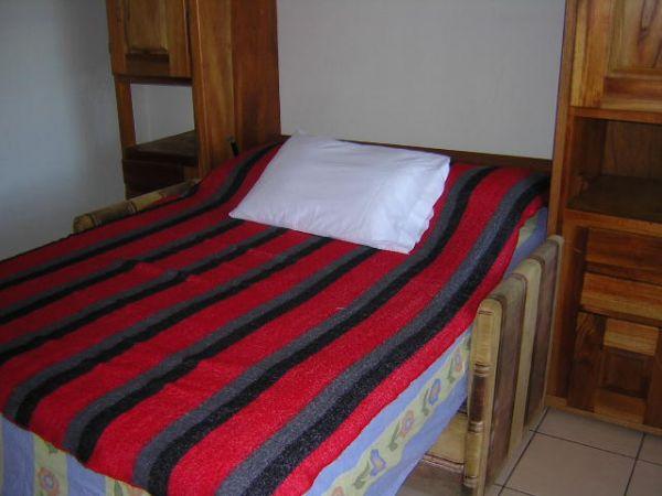 apartment-amarillos-bedroom-Ciudad Colón-Costa Rica