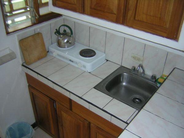 apartment-amarillos-kitchen 1-Ciudad Colón-Costa Rica