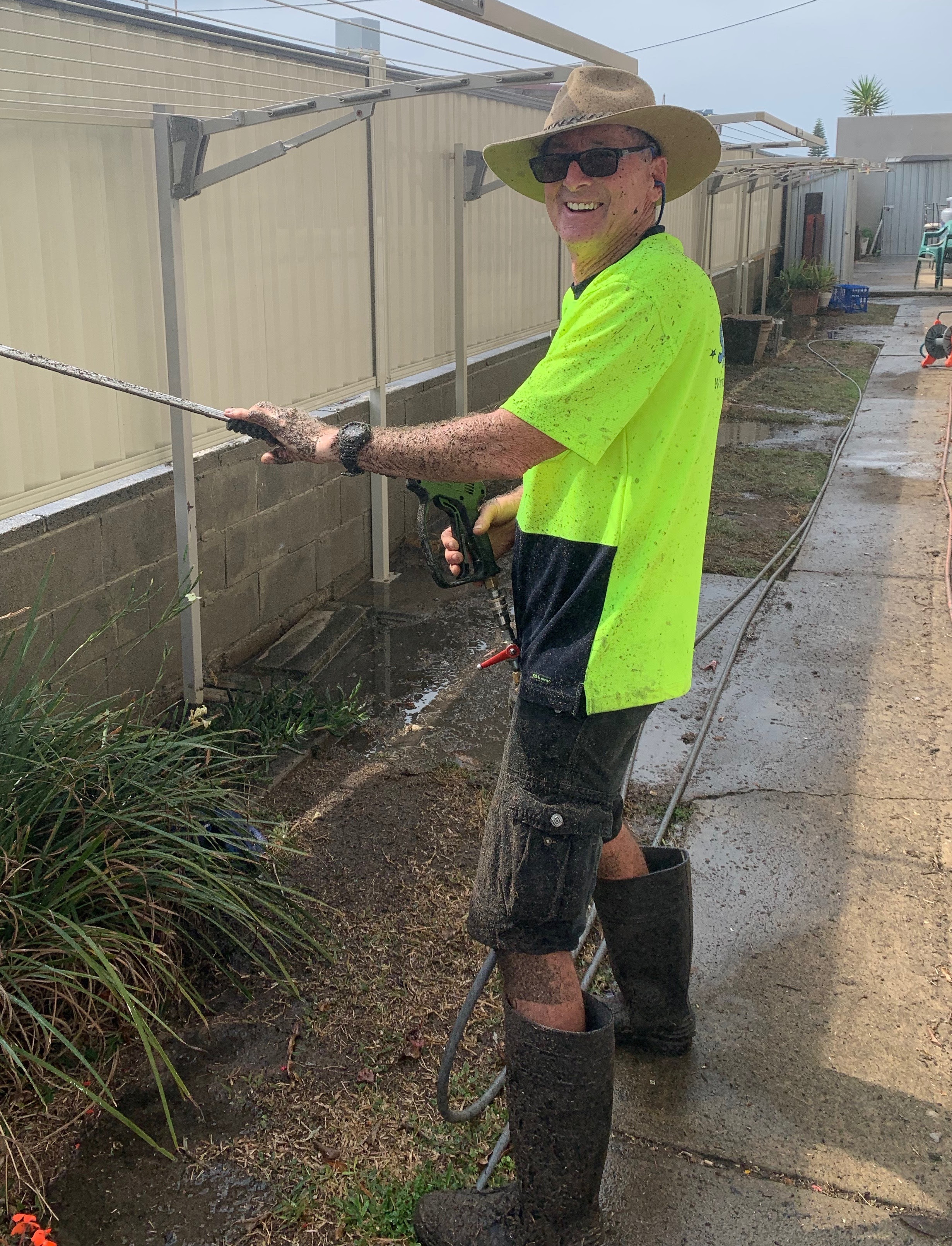 Here's a pic of Mike Salmon, the newest member of the Sparkle Team.  Mike has been cleaning windows for 20 years or more and he always has a smile on his face - just look at him here... caked in dirt and loving every minute of it.