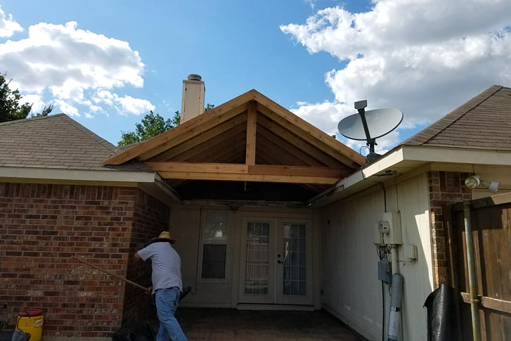 North Dallas Texas home exterior new roof contractor