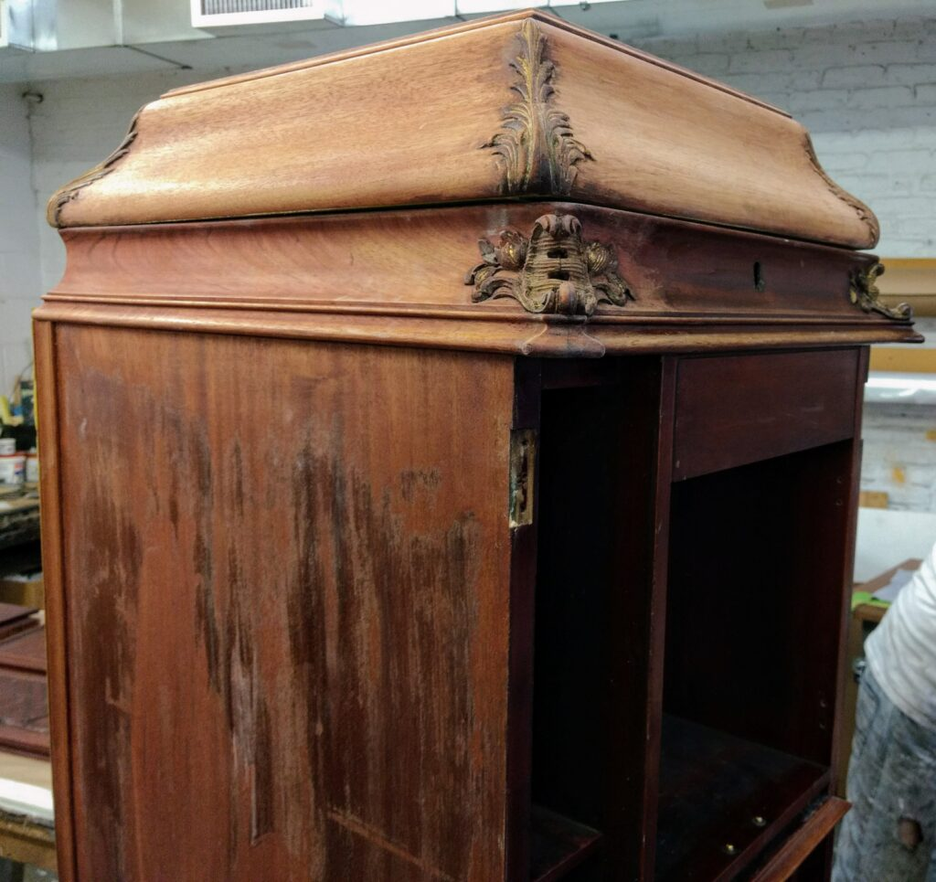 Restoring an antique Victrola phonograph
