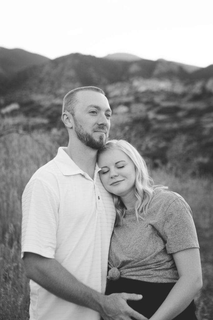 couples posing, engagement photography colorado springs
