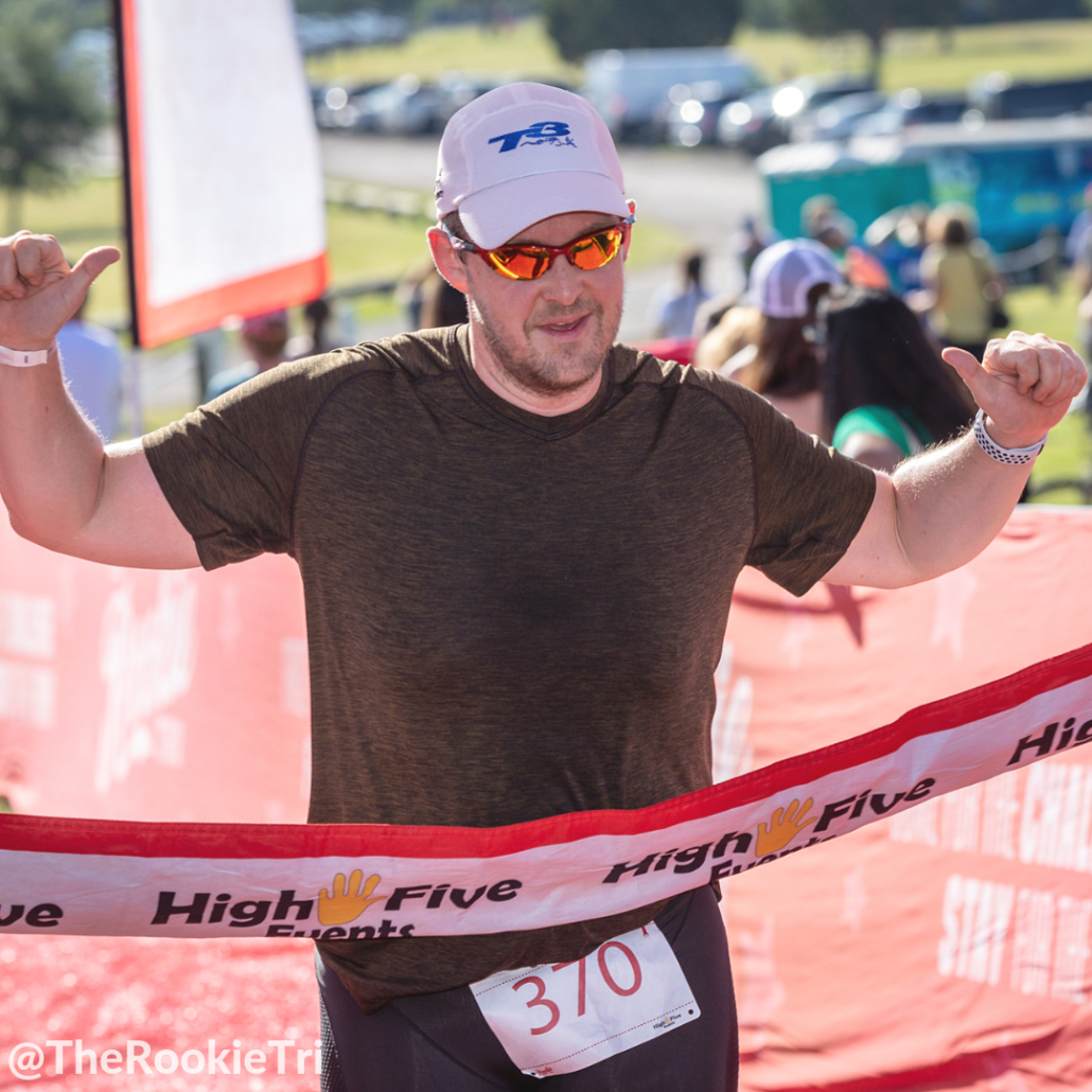 There are many reasons that a sprint triathlon is the perfect distance for your first triathlon