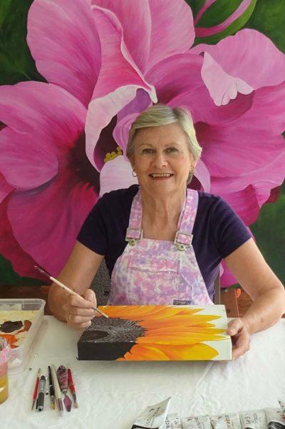Lyn Donald Art Teacher