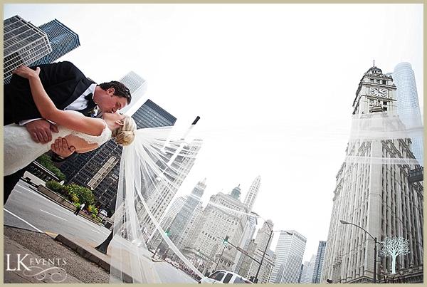 LK-Events-Chicago-Adler-Wedding-Vrai-Photography_2010