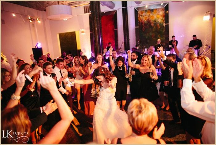 Chicago-Wedding-Illuminating-Company-Planner_0709