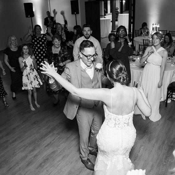 1705_dancing