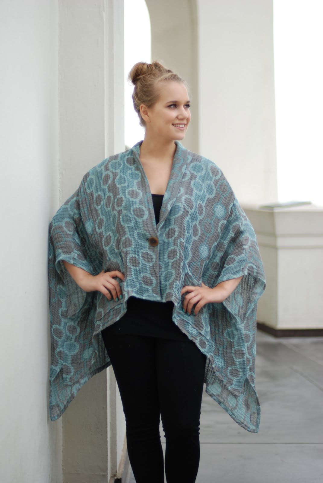 Transparente Designs European Designer Plus Size Fashion