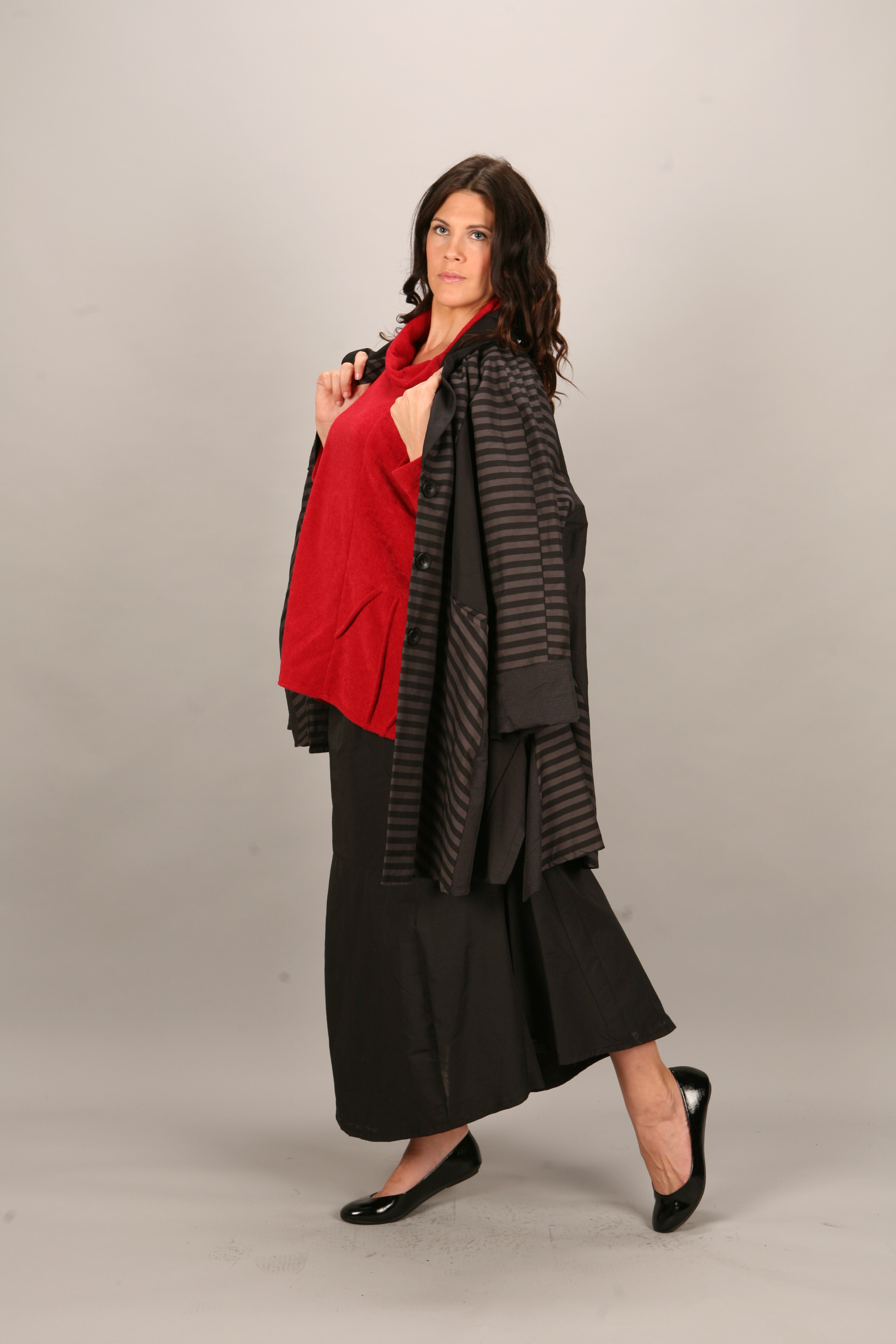 Transparente Designs European Plus Size Fashion