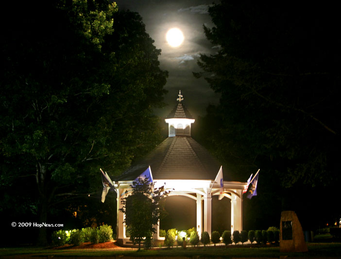 gazebo_moonlght