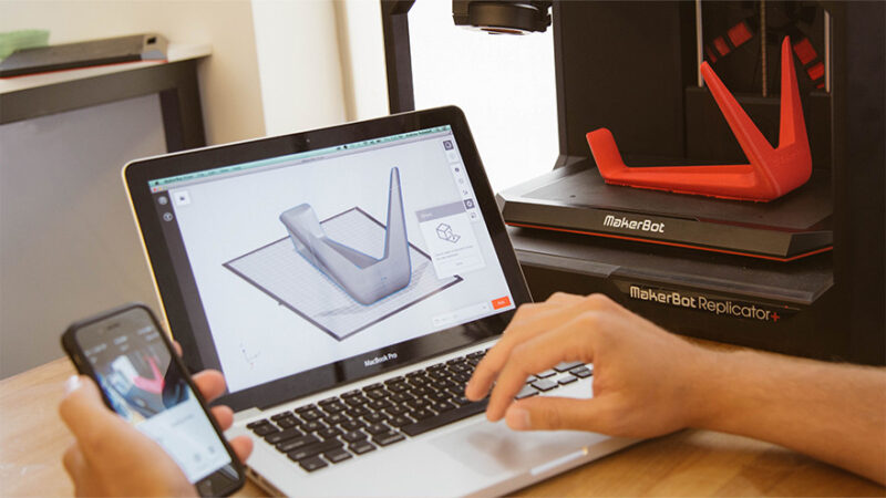 MakerBot Educators Guidebook for 3D Printing in the Classroom