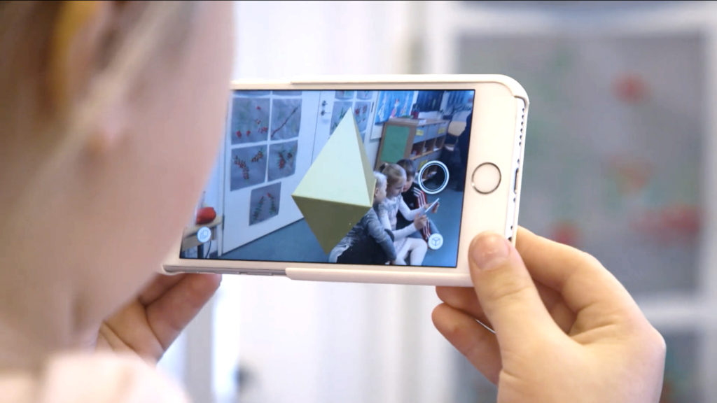 The team at 3DBear have a challenge for folks who try out their augmented reality app for students. If you're at ISTE or not, you'll want to check this out!