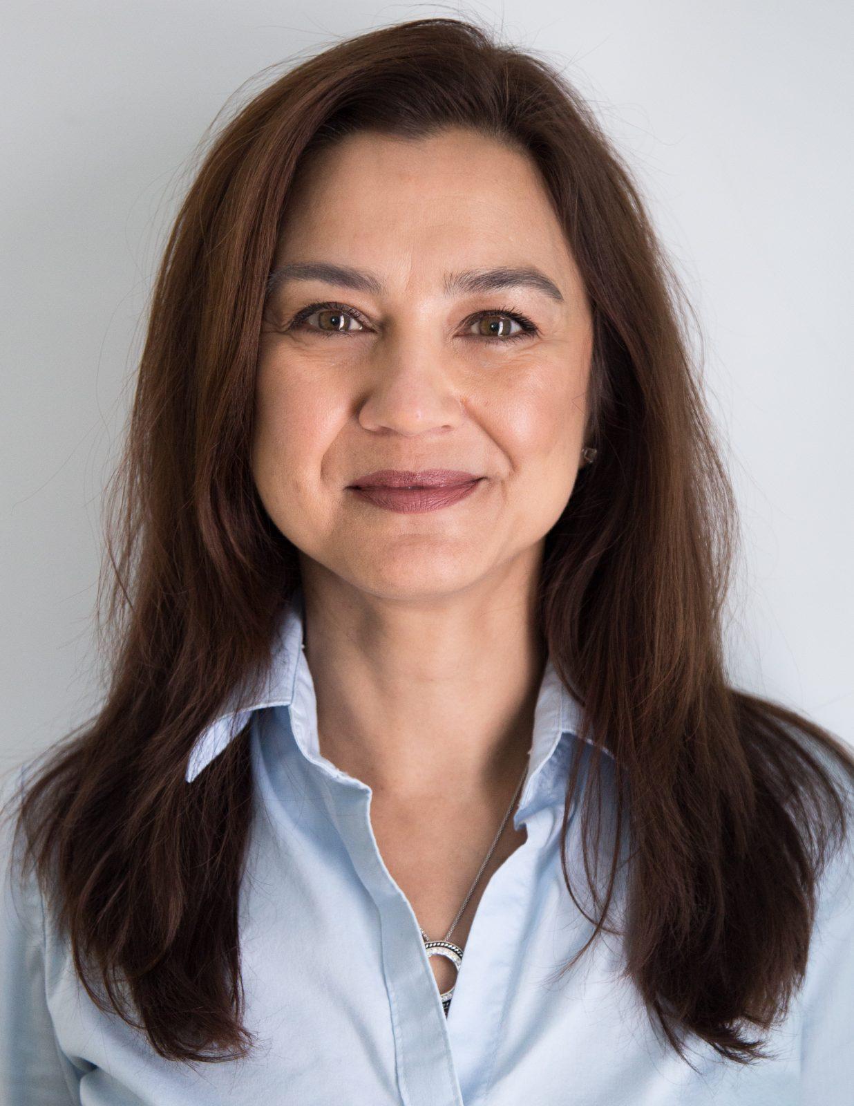 02 - Deinah Lawrence - Senior Sales, Marketing + Event Manager