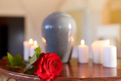 Cremation urn