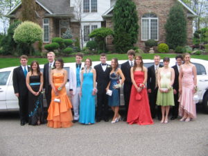Hudson Valley prom transportation with Hudson Valley Trips