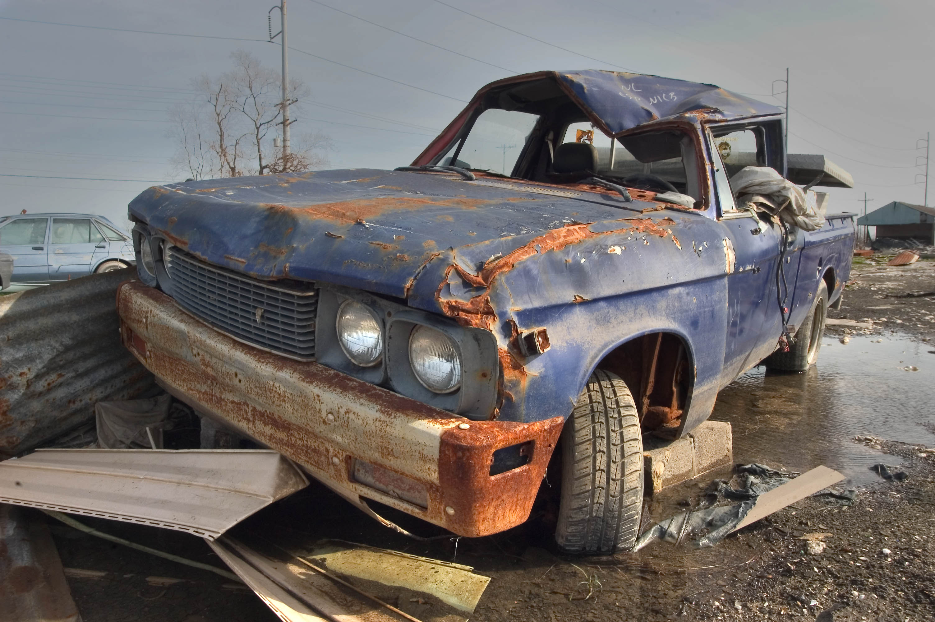 Things we can do with Wrecked cars - Sell car for cash in Florida | Sellthecars