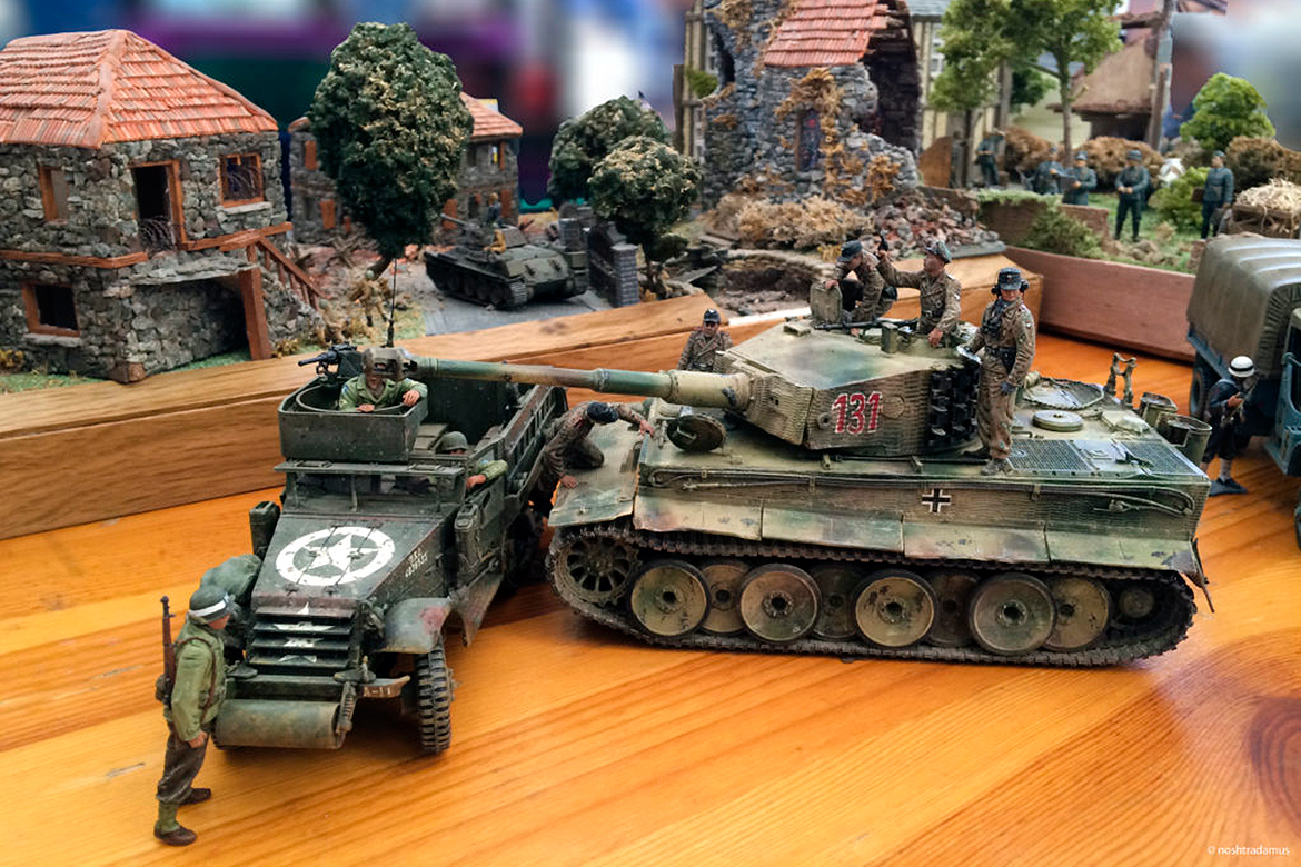 WWII Vehicles, at Exposition Figuri'Nice 2014
