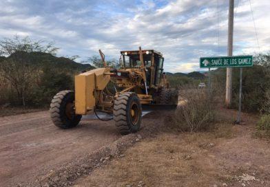 Mejoran caminos en la sierra y cabecera de Mocorito