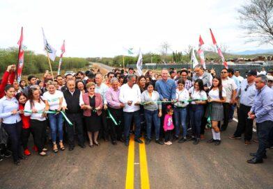 Inaugura Quirino la carretera de La Pitahayita