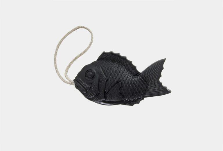 tamanohada-welcome-soap-black-fish-768x520