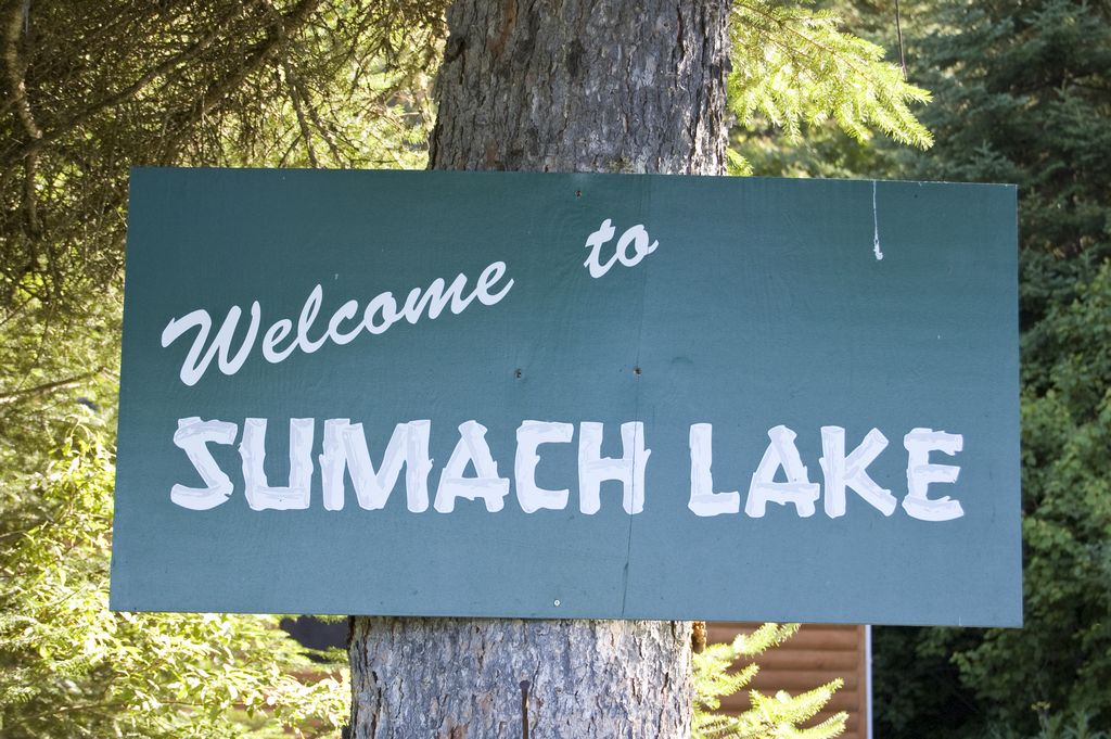 Welcome to Sumach Lake