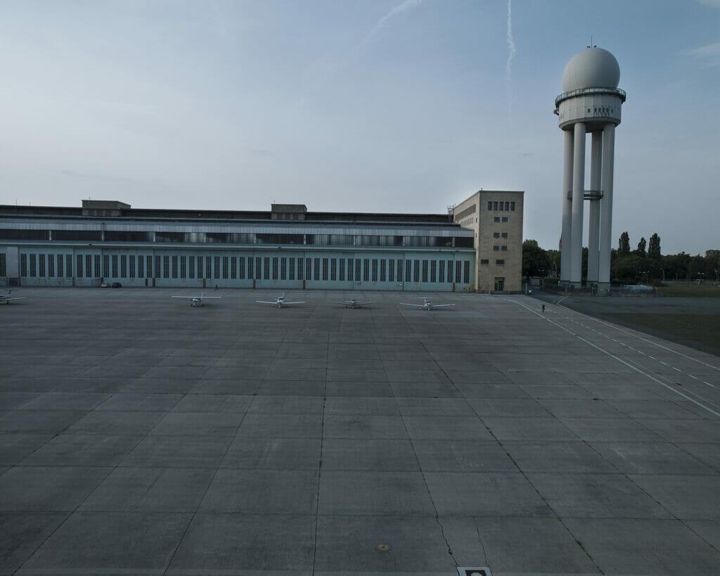 Tempelhof Airport 3854 Berlin 0808