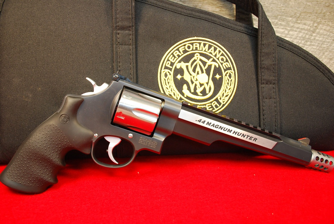 Idaho Gun Broker Carrying Smith & Wesson