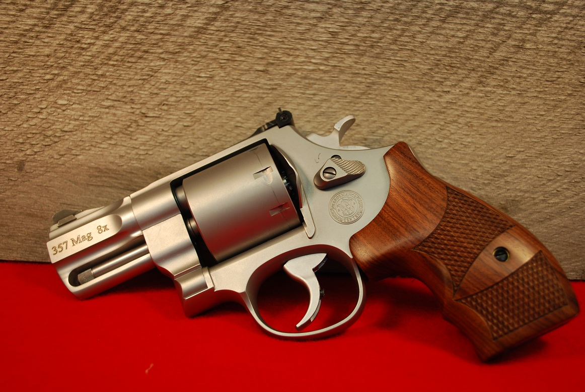 Smith & Wesson Model 627 357 Magnum Performance Center 8 Revolver