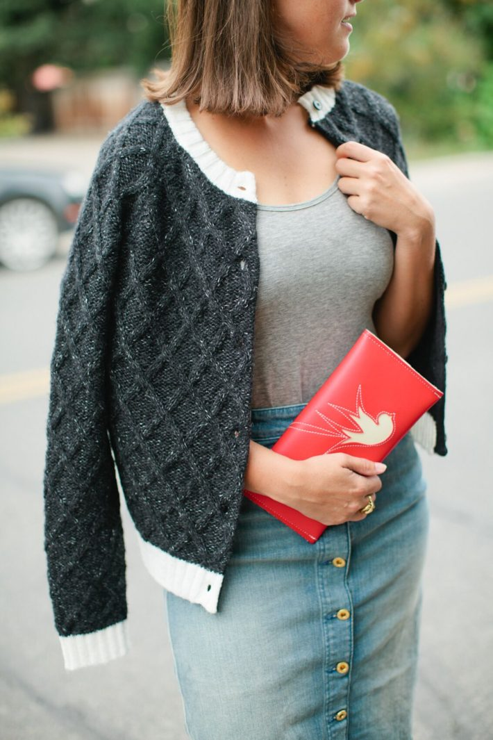 Jackson Hole Lifestyle blogger Meagan shows off new fashion arrivals from boutique Nest