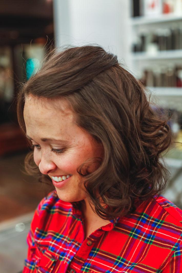 Jackson Hole Blogger gets a fresh hair cut by Frost Salon owner, Rob Hollis in Jackson Hole