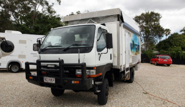 2001 Mitsubishi Canter 4X4 off road motorhome