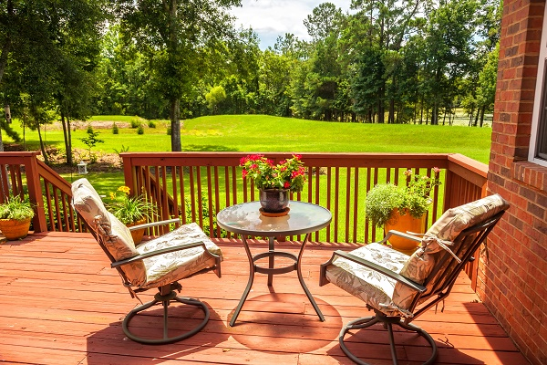 5 Ways to Upgrade Your Outdoor Space