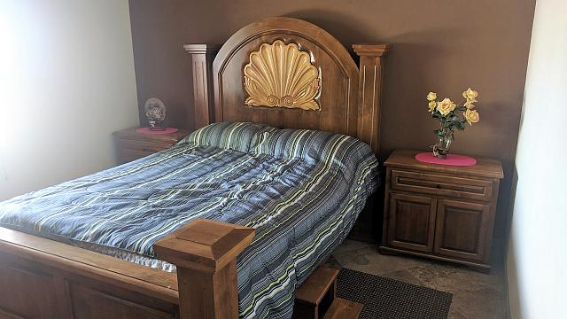 Full Bed for the Bedroom 1